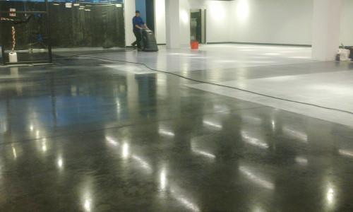 szlifowanie-polerowanie-betonu-2